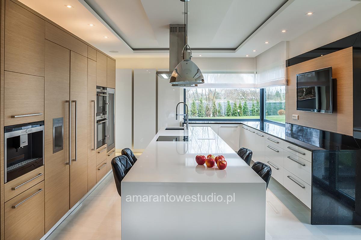 Aranżacja kuchni - Urządzanie kuchni - Amarantowe Studio