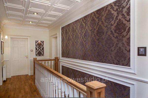 Salon ze schodami według projektu architekta wnętrz Białystok
