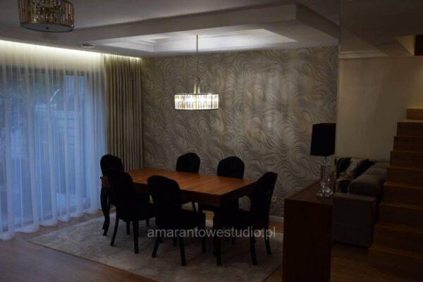 Zaprojektowane przez architekta wnętrz wnętrze kuchni i jadalni Białystok