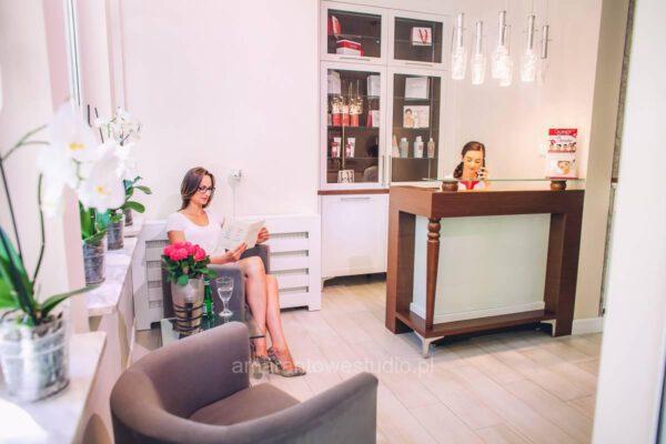 Wnętrze salonu kosmetycznego zaaranżowane przez projektanta wnętrz Białystok