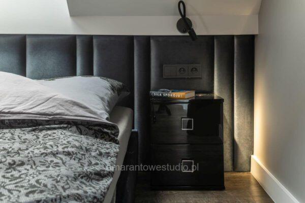 Szafka nocna przy łóżku - zaprojektowane wnętrze przez projektanta wnętrz Białystok