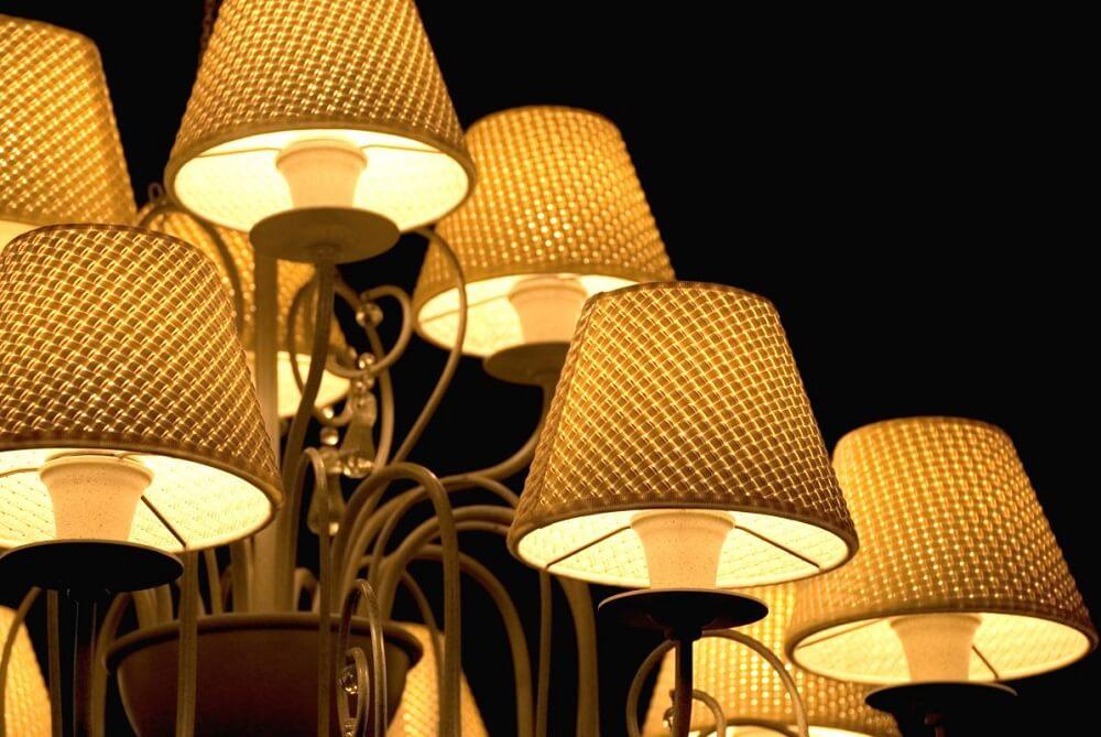 Światło w klasycznych wnętrzach